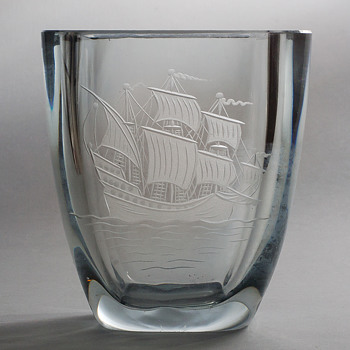 Strombergshyttan three mast ship vase - Art Glass