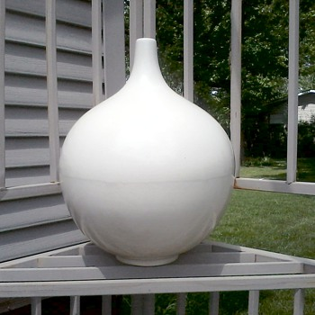 "Impressive Large ""Satin White"" Gourd Vase / No Mark or Label - Pottery"