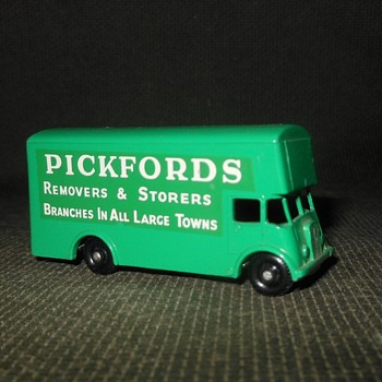 Meaningful Memorable Moving Matchbox Monday MB 46 Pickfords Removal Van 1963-1967 - Model Cars