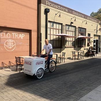 Coca Cola vender tricycle  - Coca-Cola