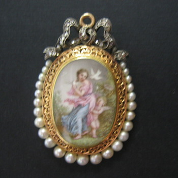 French Mourning Locket / Pendant - Fine Jewelry