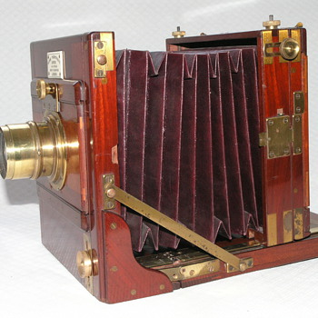 Horne, Thornthwaite and Wood Tailboard Camera, 1886.