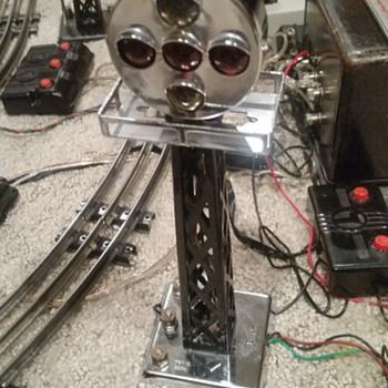 Marx Train 1404  Five-Light Remote control Block signal, Prewar - Model Trains