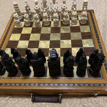 Old chess set - Games