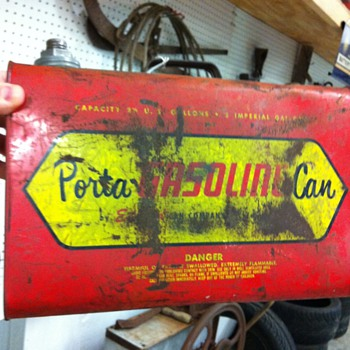 Porta gasoline can - Petroliana