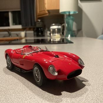 Danbury Mint 1958 Ferrari 250 Testa Rossa  - Model Cars