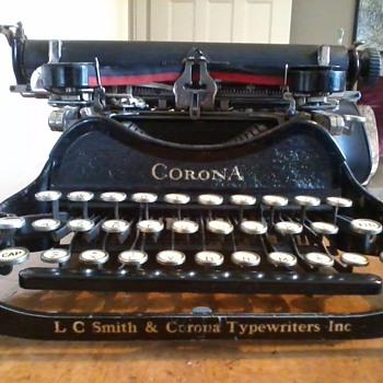 Folding Typewriter - Office
