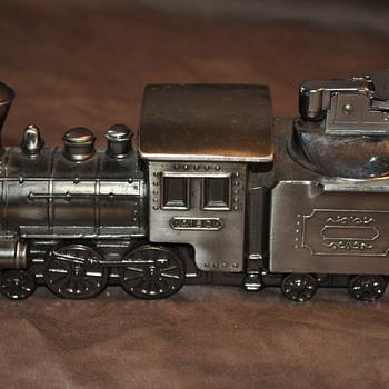 Vintage train table lighter - Railroadiana
