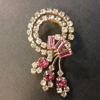 Anthony Creations brooch-pendant  - Costume Jewelry