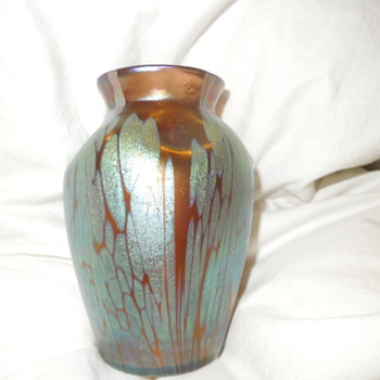 """Loetz vase I found, my first one ! It is about 5"""" tall and very nice colors. - Art Glass"""