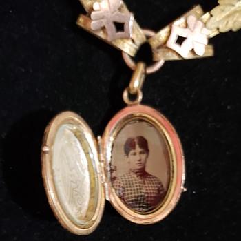 Art Deco Jewelry  - Fine Jewelry