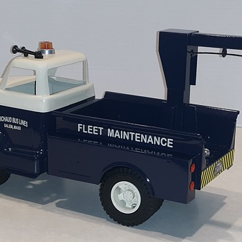 "1953 Ford F-800 ""BIG JOB"" Bus Fleet Maintenance Boom Truck - Model Cars"