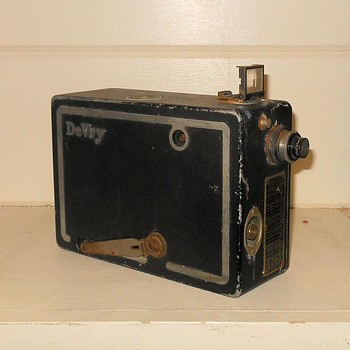 Vintage Movie Cameras | Collectors Weekly