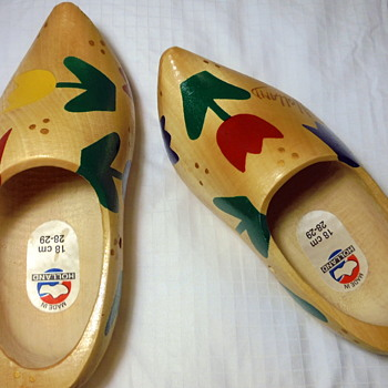 Holland made Wooden Shoes Yard Sale Find with teeny 'monogram' MS - Shoes
