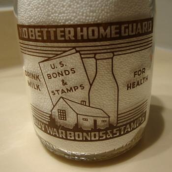 SHAMROCK DAIRY.TUCSON, ARIZONA BROWN/ORANGE CREAMTOP QUART MILK BOTTLE - Bottles