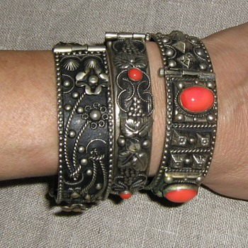 "Exotic ""Egyptian"" tourist jewelry: 1940's-50's Italy, Morroco, Spain, Mexico?"