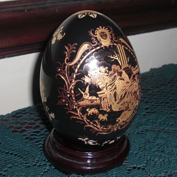 Limoges egg - China and Dinnerware