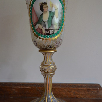 Glass goblet with a womans' portrait - Art Glass
