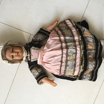 SNF doll from circa 1930s