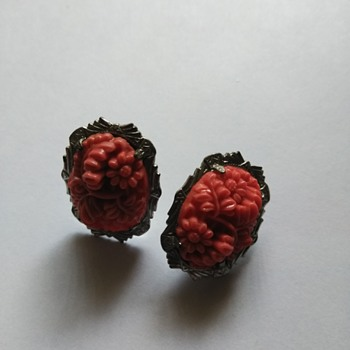 Vintage coral colored celluloid carved earrings - Costume Jewelry