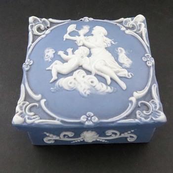Schafer Vater  Jasperware Box - marked 3559 - China and Dinnerware