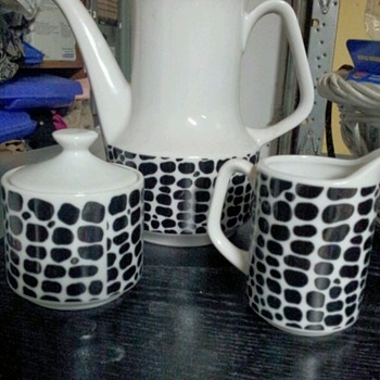 know anything about me - China and Dinnerware