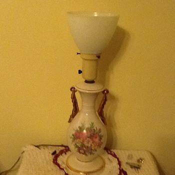 Vintage lamp question