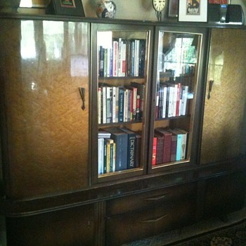 Cabinet - German? English? - Furniture