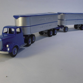 Vintage Tootsietoy Marketing Prototypes- Mack Tractor with Tandem Trailer Combine  - Model Cars