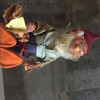 """Unknown """"Elf"""" - Figurines"""