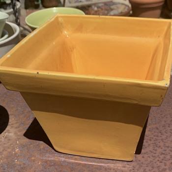 Garden City Square Pot? - Pottery