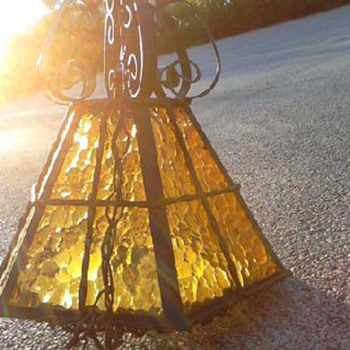 Where did this (common?  rare?) lantern come from? - Arts and Crafts