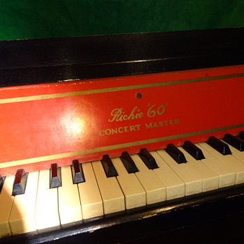Vintage toy piano.  Richie 60 Concert Master - Musical Instruments