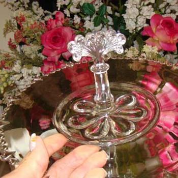 ANTIQUE GLASS CENTER HANDLE PLATE BEADED FOSTORIA?