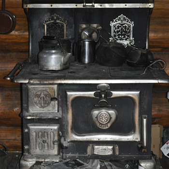 Antique and Vintage Stoves | Collectors Weekly