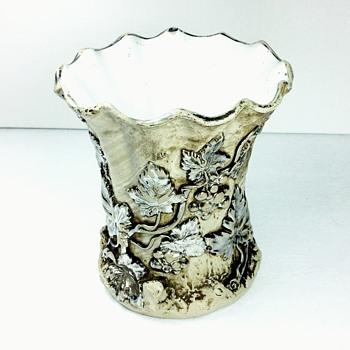1850's Villeroy & Boch Mettlach Germany Vase - Pottery