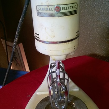 General Electric Stand Mixer