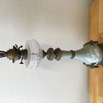 Help with antique French lamp!