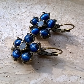 Deep Blue Tiger Eye & Crystal (?) Costume Earrings - Costume Jewelry