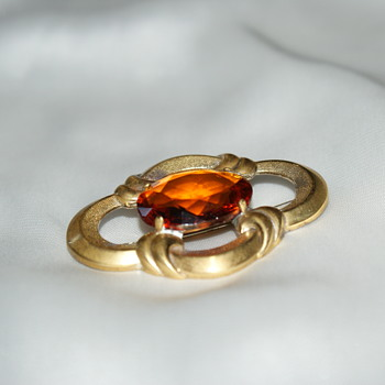 Vintage Costume Brooch - Costume Jewelry