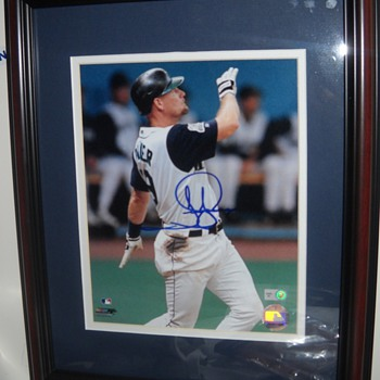 Jay Buhner signed, matted, and framed 8x10