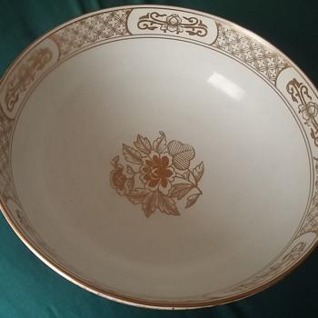 handpainted gold imari bowl