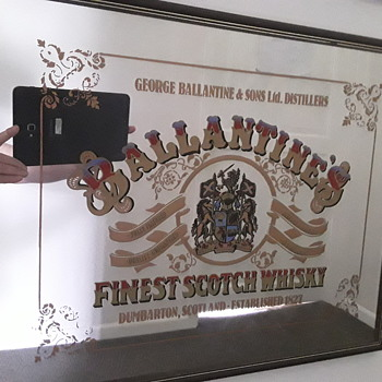 Another mirror - Advertising