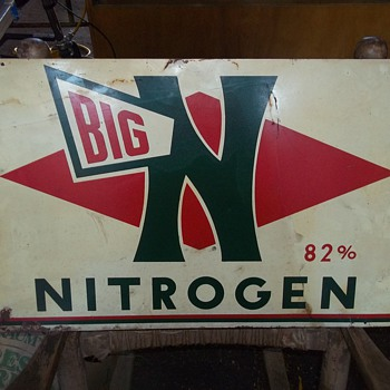 VINTAGE SIGN AND RACK