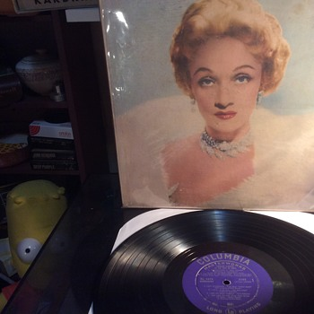 Continuing ladies evening ,,into the night lightly  - Records