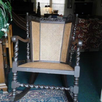 Trying to i.d. rocking chair - Furniture