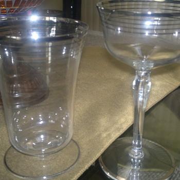 can anyone identify?  - Glassware