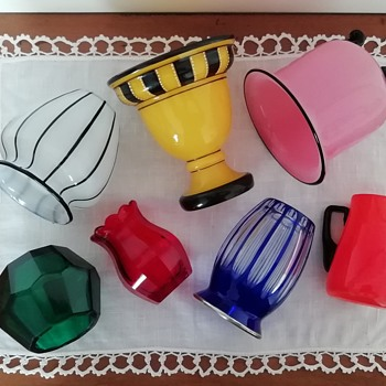 And here a colorful composition with several vases! - Art Glass