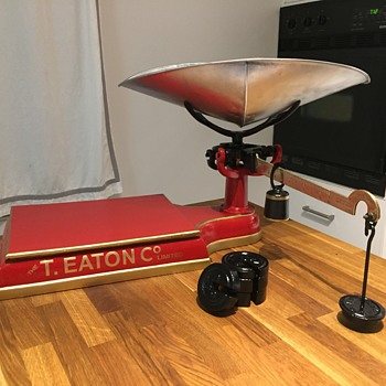 The T. EATON Co Limited, Winnipeg Table Top Scale