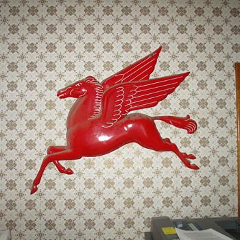 Mobil Pegasus - Signs